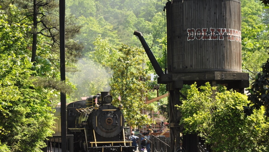 5 Top Dollywood Rides for Kids You Have to Try When You Visit