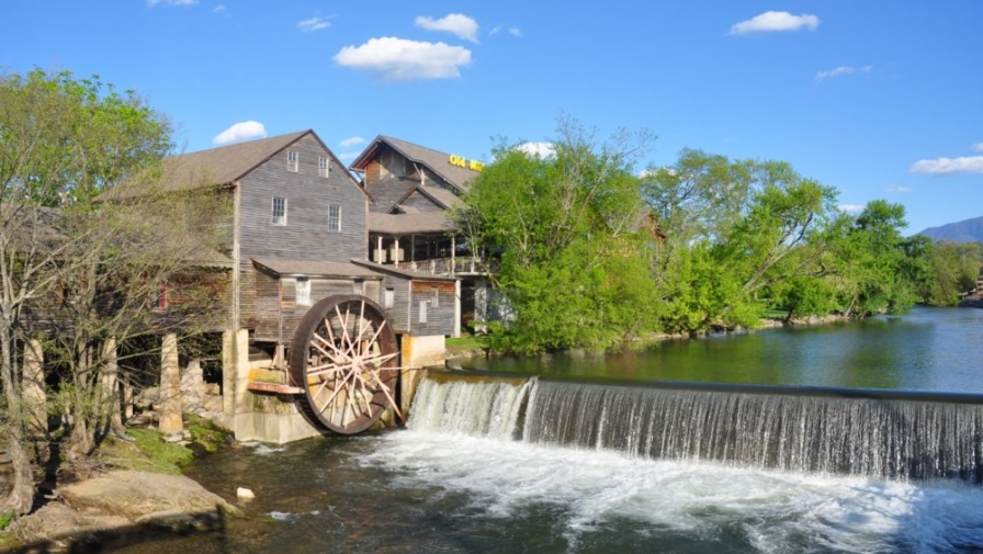 6 Things That Make The Old Mill in Pigeon Forge Amazing