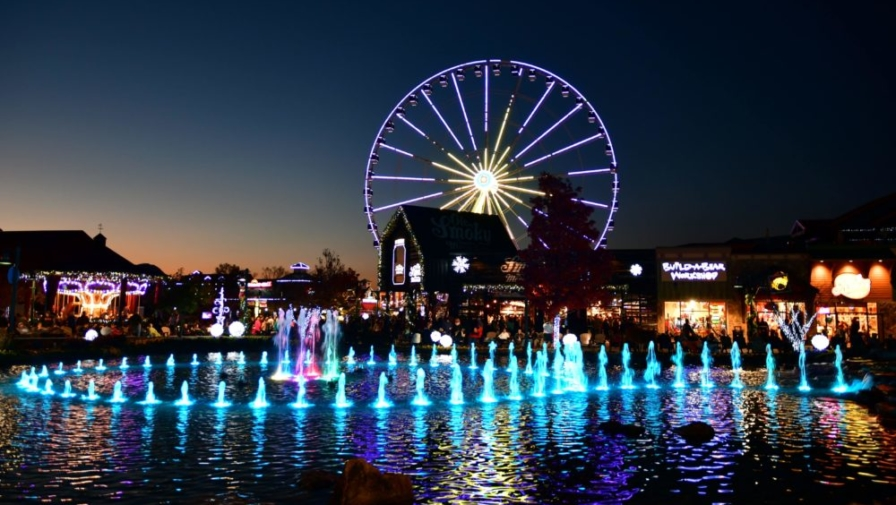 Best 4 Romantic Things to Do in Pigeon Forge With Your Sweetheart